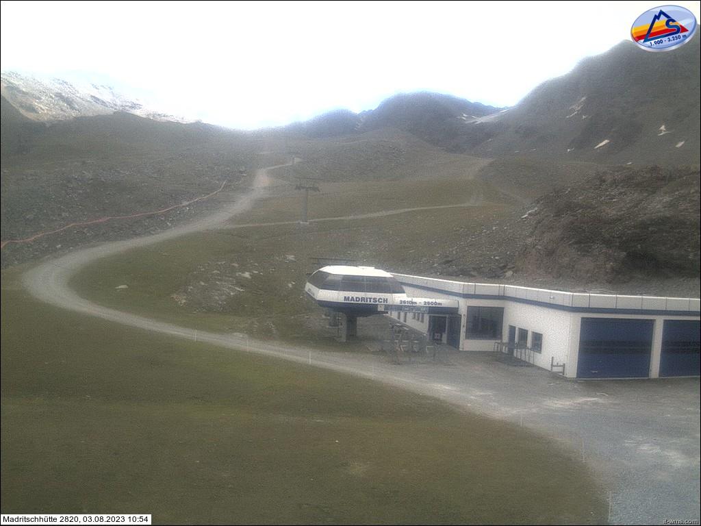 Alpine hut Madriccio